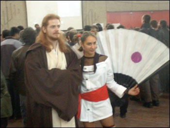 Obi-wan (la question étant : que fout-il dans cette convention ?).